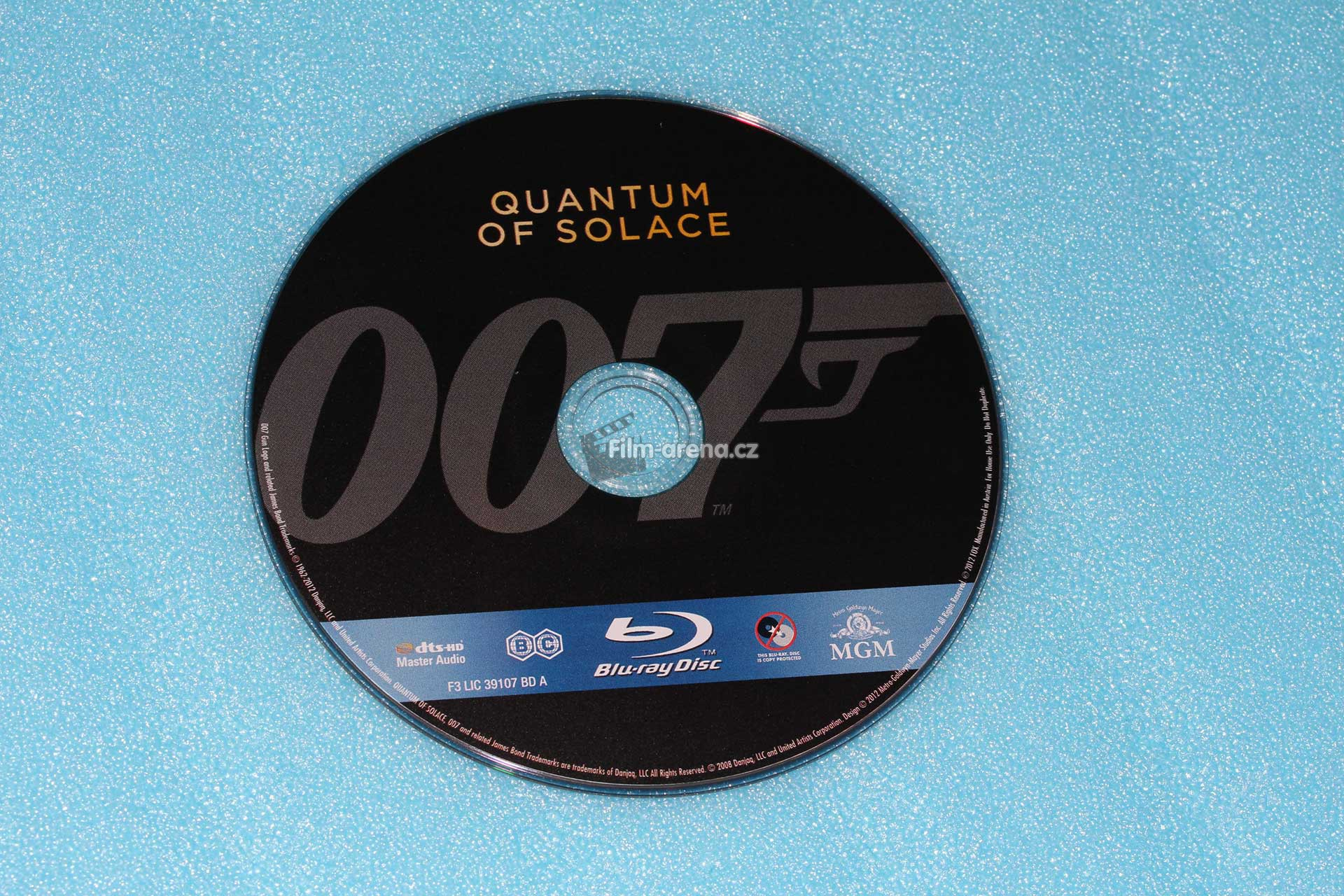 http://www.filmarena.cz/upload/images/nazivo/James_Bond/2008_Quantum_of_Solace/2008_quantum_08.jpg